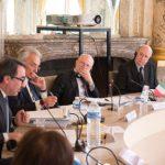 Le Conseil d'État a accueilli pour un séminaire juridique une délégation de six membres du Conseil d'État d'Italie, conduite par son président M. Alessandro Pajno,  le lundi 3 avril 2017.